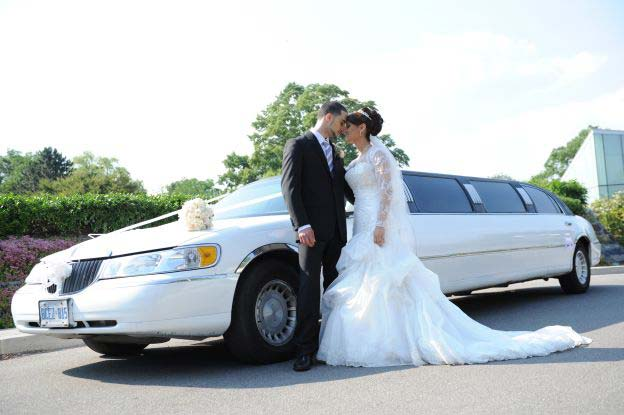 Rhode Island Wedding Limousine Service Luxury Transportation For Your Bridal Party And Guests